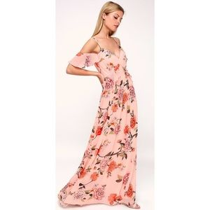 Lulu's De Fleur Floral Off Shoulder Maxi Dress.NWT